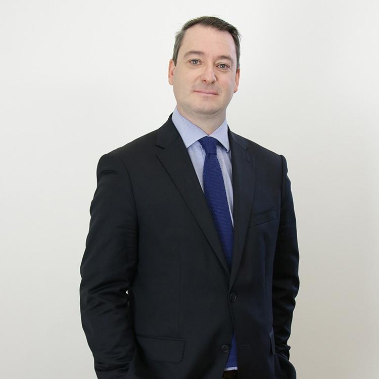 Olivier De Maison Rouge, Avocat, Docteur en droit, Diplômé de Sciences politiques
